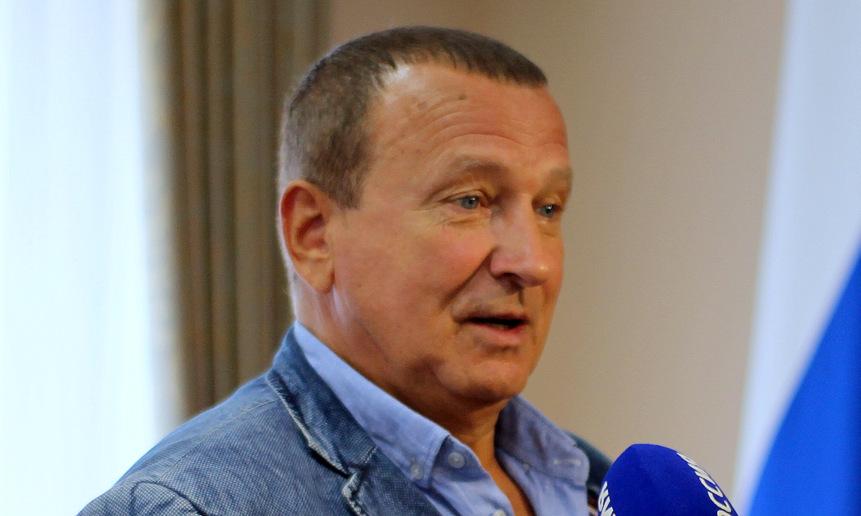 Виктор Заря.