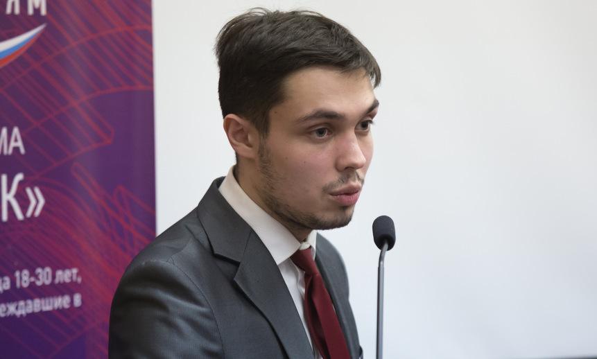 Павел Зобов.