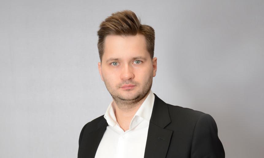 Виталий Попов.
